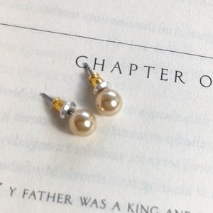 NEW 3 FOR 35 AUSTRIAN CRYSTAL PEARL STUDS